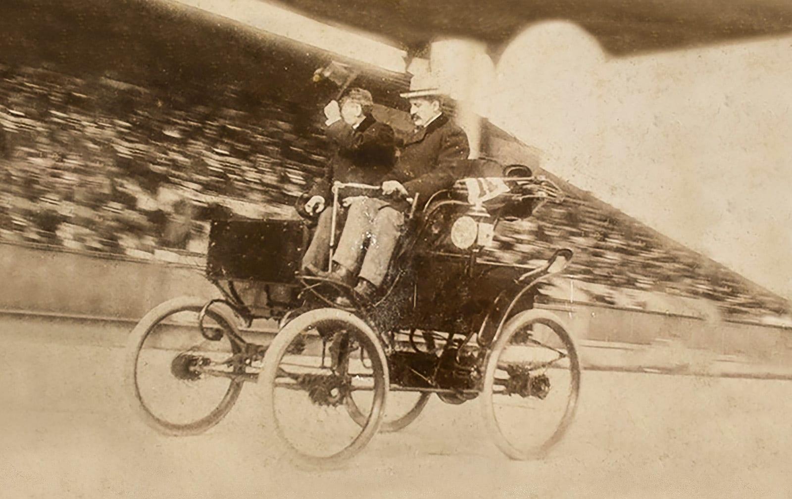 1898 riker race_exp_web