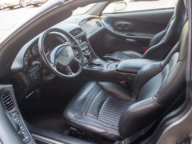 2002 pewter corvette coupe interior 1